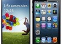 Samsung Galaxy S4 vs iPhone 5 : LE crash test !